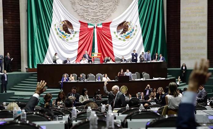 Diputados podrían votar reforma de outsourcing el jueves
