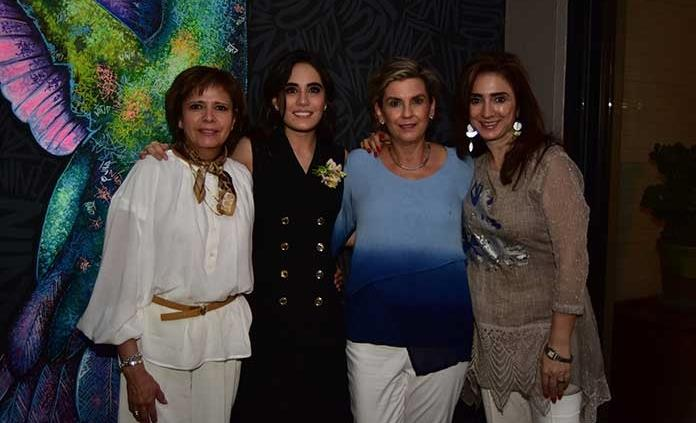 Mariana Rodríguez Quintero recibe agradable despedida