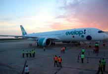 Aterriza en Cancún el Airbus 350-900, uno de los aviones más modernos del mundo
