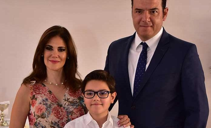 Diego Regil Pérez realizó su primera comunión