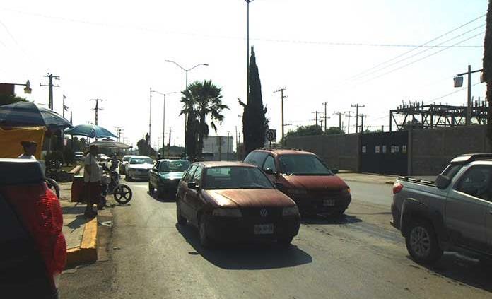 Elementos de Tránsito brillan por su ausencia en panteón Guadalupe