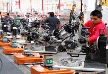 Retrocede actividad industrial