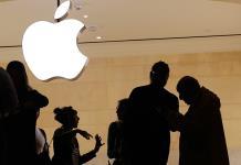 Corte Suprema de EEUU permite que consumidores demanden a Apple por monopolio