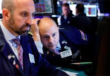 La crisis entre China y EU causa descalabro mundial; caen los mercados bursátiles y de moneda