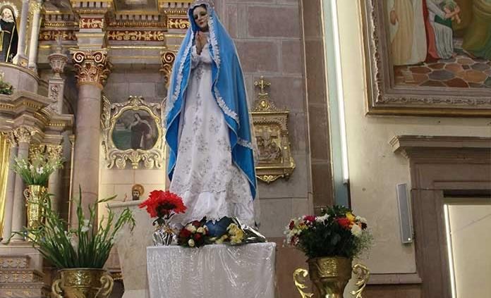 Invitan a ofrecer flores a la Virgen