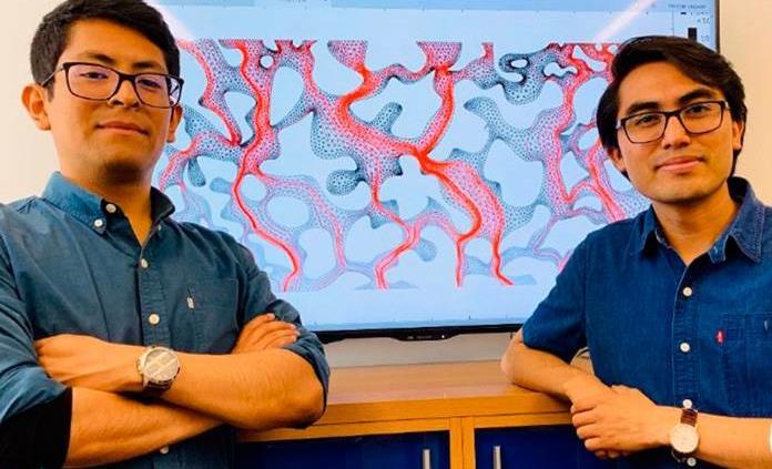 Dos jóvenes mixtecos se gradúan en Ingeniería Petrolera de la UNAM y se preparan para la UT, en EU