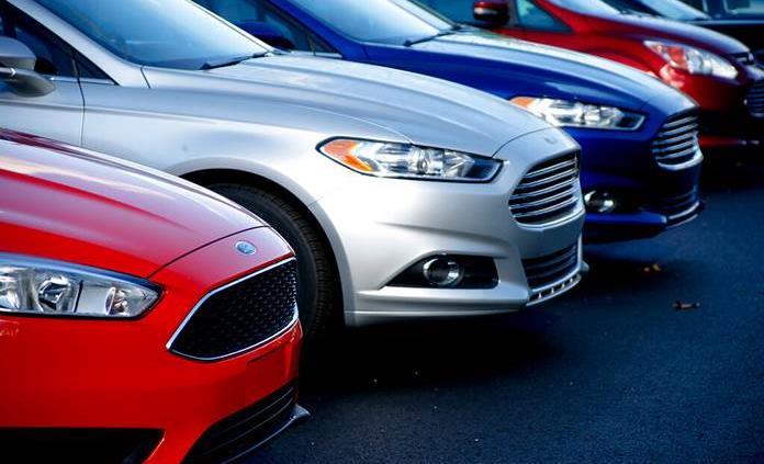 Ford añade 270 mil vehículos a retiro en Norteamérica por defecto