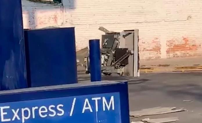 Con explosivos intentan robo en cajero automático en Irapuato; aseguran billetes de diversas denominaciones