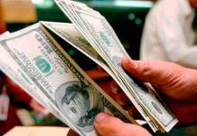 Dólar cierra en 19.41 pesos a la venta en bancos