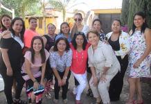 Festejan a los maestros en el Colegio Motolinía