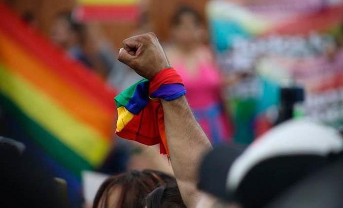 Comunidad LGBTTTI celebra en el jardín de Tequis la aprobación de matrimonios igualitarios