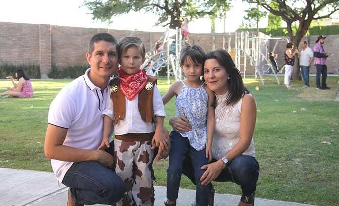 Íñigo Salguero Azcona celebra feliz su cumpleaños