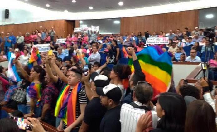 CEDH y colectivos celebran aprobación de matrimonios igualitarios