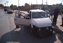 Automovilista se accidenta en el bulevar Río Santiago
