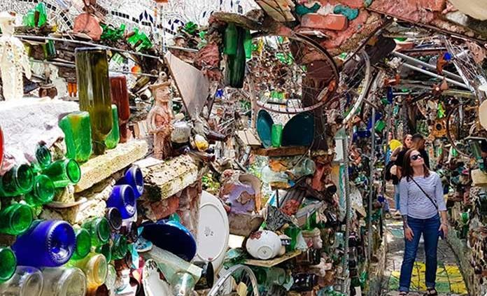 """El """"Jardín Mágico"""", delirio multicolor de un artista de Filadelfia"""