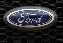 Ford llama a revisión en Norteamérica a 1.3 millones de vehículos