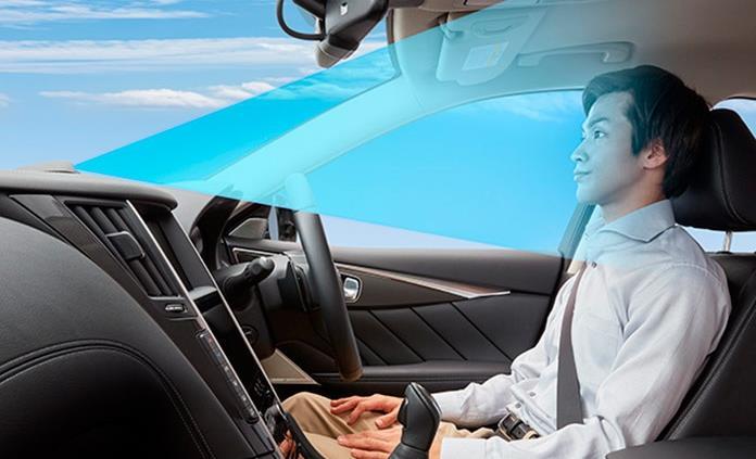 Crea Nissan sistema de  conducción a manos libres