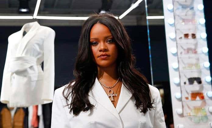 LVMH suspende la producción de ropa de Fenty, la marca de Rihanna