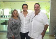 Ramón Pedroza Castro recibe sorpresas en su cumpleaños