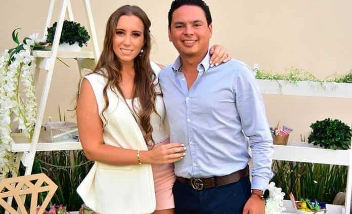 Paty D´Antuñano y Esteban Meade se comprometen