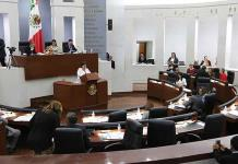 Engrosa Congreso nómina de asesores