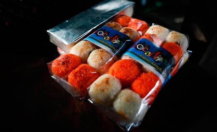 Reinventan dulces tradicionales de coco con la ilusión de exportar