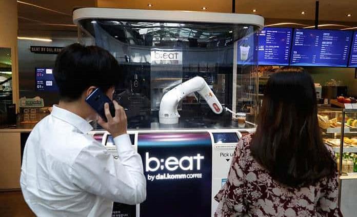 Automatización llega a bares y cafés en Corea del Sur