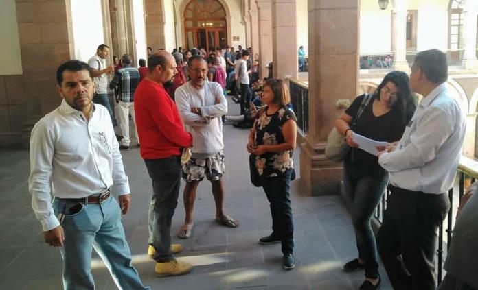 Personal de la Fiscalía exige cumplir con alza salarial