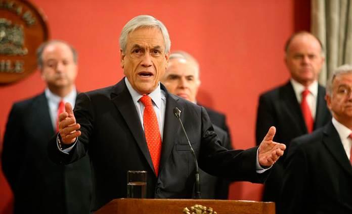 Presidente chileno cambia de gabinete en medio de caída de aprobación