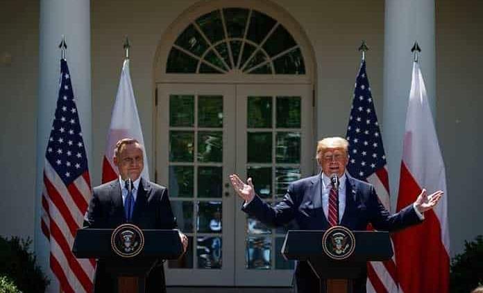 Trump enviará unos mil soldados más a Polonia