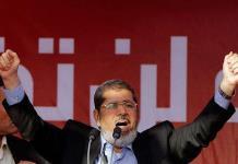 Mursi, el presidente egipcio elegido que acabó derrocado y en la cárcel