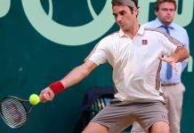 Roger Federer avanza a semifinales en Halle
