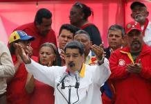 Denuncian supuesto complot contra Maduro