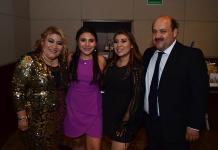 Ximena Ramírez Ruiz celebra feliz sus 15 años
