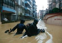 Al menos 18 muertos y 900 mil afectados por lluvias en Nepal y noreste indio