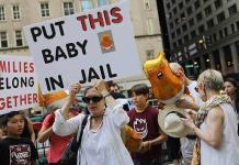 Activistas e ilegales, en alerta por redadas