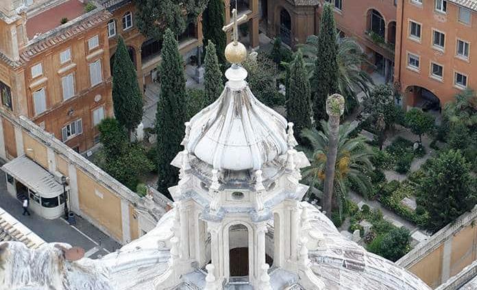 Se abrirán dos osarios en cementerio vaticano