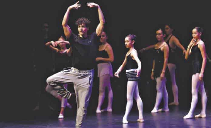 Isaac Hernández crea federación para impulsar las artes