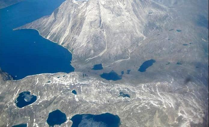 Golpeada por ola de calor, Groenlandia sufre derretimiento