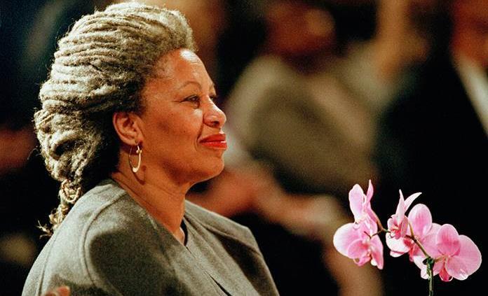 Obama y Beyonce reaccionan a muerte de Toni Morrison