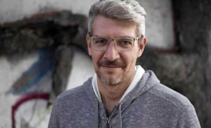 Emiliano Monge gana el Premio Bellas Artes