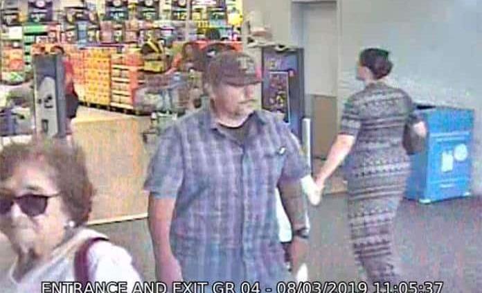"""Policía de El Paso busca a """"héroe"""" de tiroteo en Walmart"""