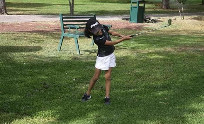 Promesas del golf adquieren técnica y estrategia
