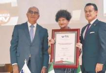 Margo Glantz recibe premio Juan Crisóstomo Doria 2019