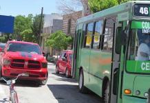Camioneros piden área para paraderos