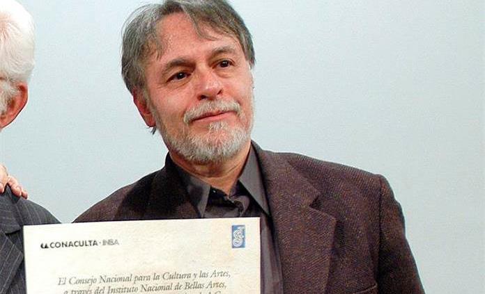 En México hay cierto desdén por la poesía, dice David Huerta al ganar premio FIL
