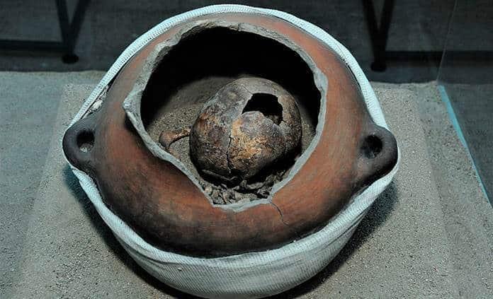 Exposición revela costumbres funerarias en Tlatelolco