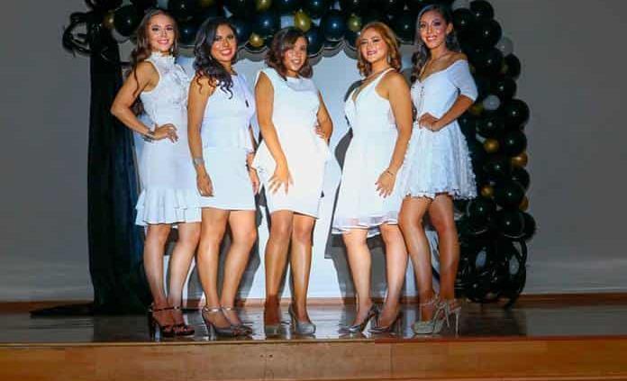 Presentan a candidatas a reina Señorita Rioverde