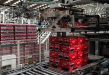 SAT, Covid-19 y cerveza pegan a Femsa