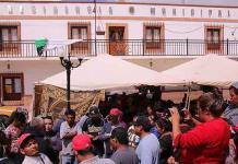 Conflicto político en Zaragoza escala por operativo policial